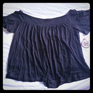 Brand new M Black short sleeve loose flowy